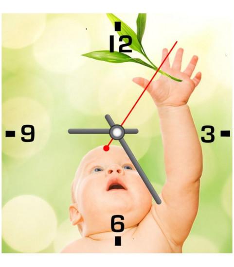 Horloge photo personnalisee au format carre, horloge avec photo