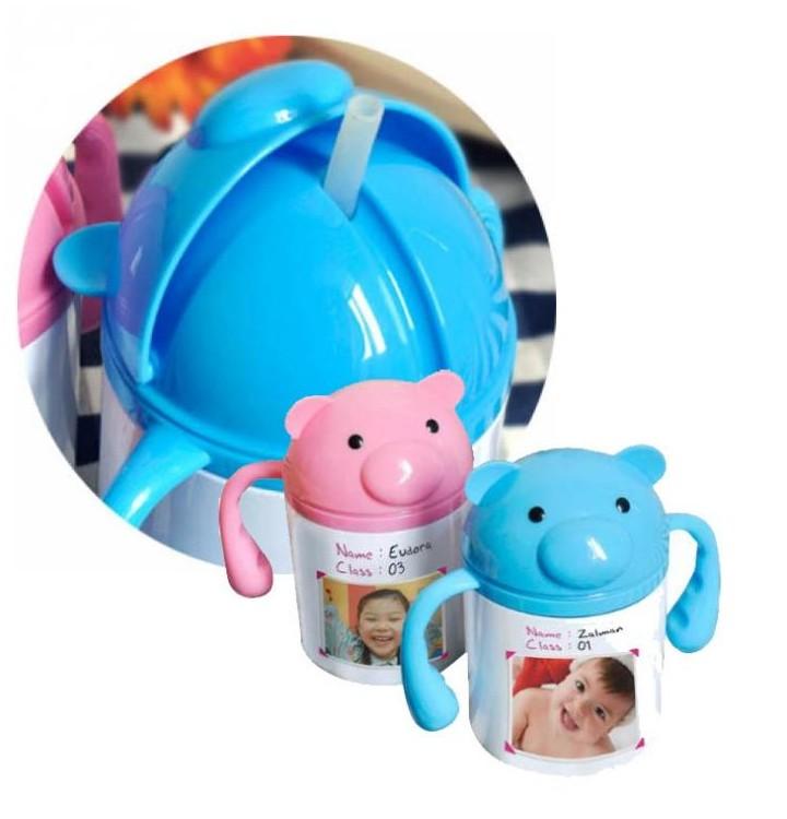gourde polymere enfant personnalis e avec photo couleur rose ou bleu. Black Bedroom Furniture Sets. Home Design Ideas