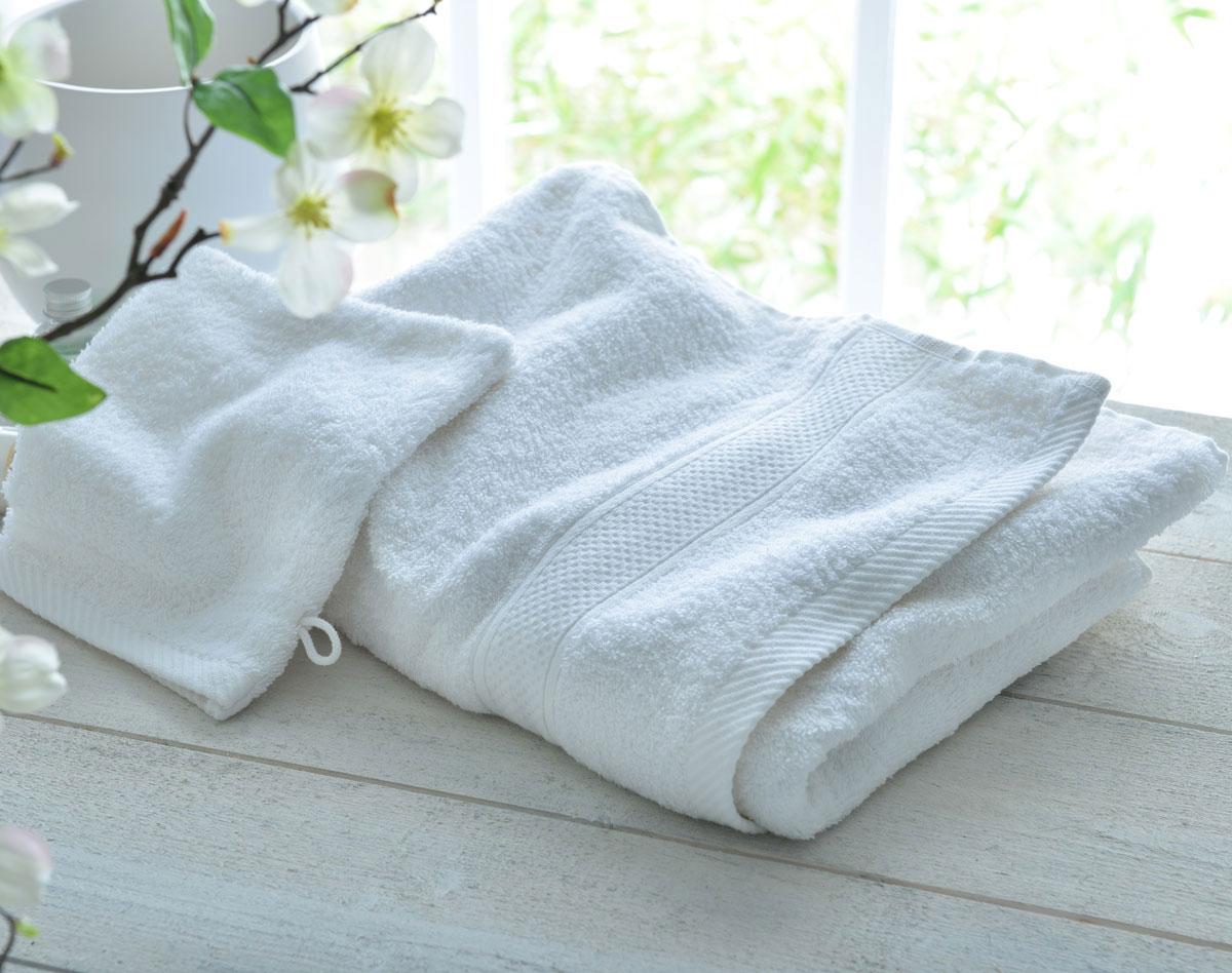 Drap de bain blanc brode