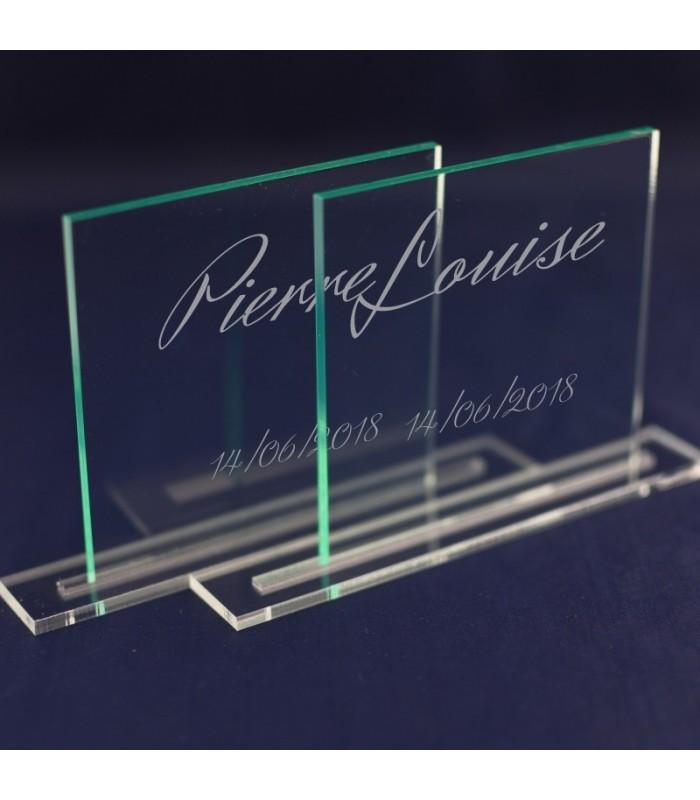 Marque table plexiglas gravé
